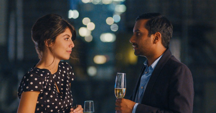 'Master of None' sæson 2: Aziz Ansari bryder med klassiske komedieforskrifter