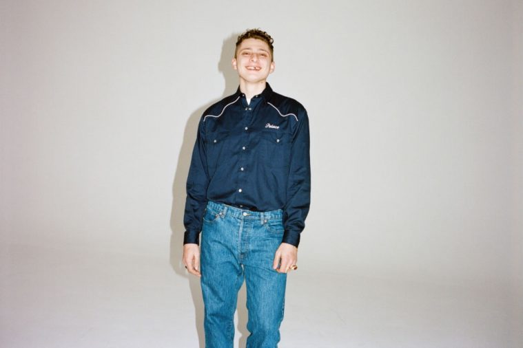 Blondey McCoy i Palace Jeans