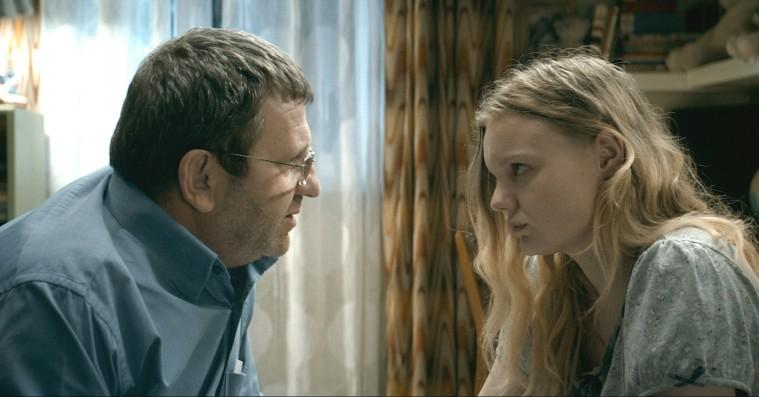 'Prøven': Cannes-vinder er en mesterlig moralsk far-datter-fortælling