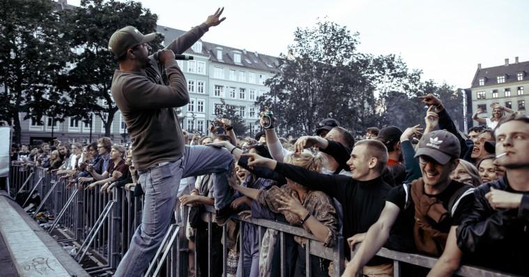 Distortion: Se billeder fra Red Bull Music Academys gadefest – Bikstok, Madlib m.fl.