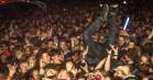 Kors og crowdsurfing til Justice på Orange: Se de stærkeste billeder fra Instagram