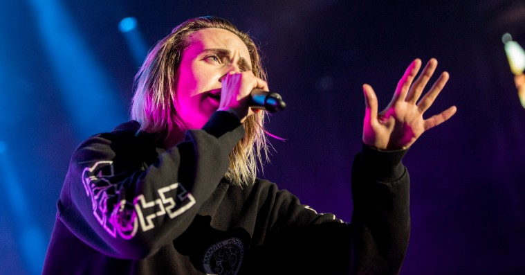 Se Mø spille sin nye ep 'When I Was Young' live for første gang
