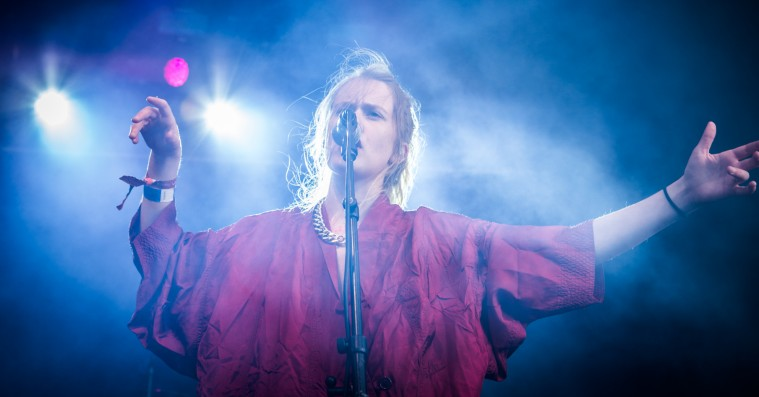 Roskilde Festival: Pom Pokos mathrock skabte lykkerus på 'Skam'-niveau