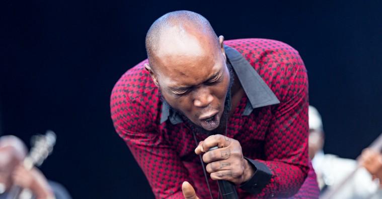Roskilde Festival: Regnen blev danset bort til Seun Kuti & Egypt 80