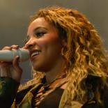 Roskilde Festival: Tinashe hypnotiserede publikum ind i en brandertlignende trancetilstand
