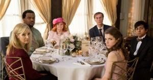 'Table19': Duplass-brødrene og Anna Kendrick skuffer i akavet i bryllupskomedie