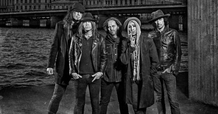 Roskilde Festival: The Hellacopters afløser Blink-182 – endnu en aflysning/erstatning annonceret