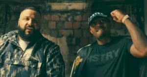 Nas, DJ Khaled og Travis Scott er på flugt fra politiet i video til 'It's Secured'