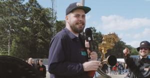 Video: Emil Lange og Eloq anmelder kostumer på campingområdet