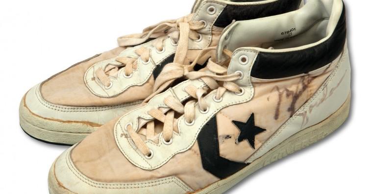 En eller anden har betalt 1,25 millioner kroner for Michael Jordans gamle sneakers