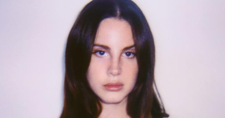 Når Lana Del Rey sletter alt på sin Instagram afslører det kunstnerisk dybde som en vandpyt