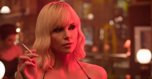 Se Roland Møller over for Charlize Theron i actionthrilleren 'Atomic Blonde'