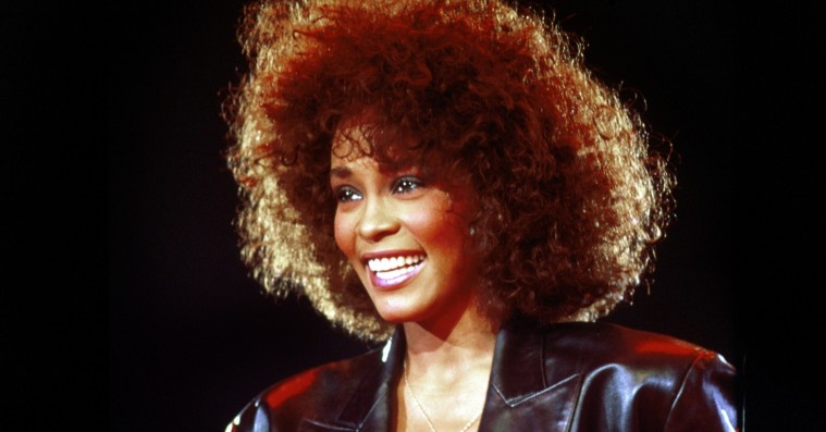 'Whitney: Can I Be Me': Dokumentar om en af verdens største stemmer rammer lige i hjertekulen
