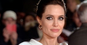 Vanity Fair til modangreb på Angelina Jolie – anklager hende for at lyve