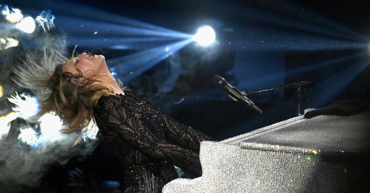 Spekulationer: Taylor Swifts nye single lyder som ét langt diss-track rettet mod Kanye West og Kim Kardashian