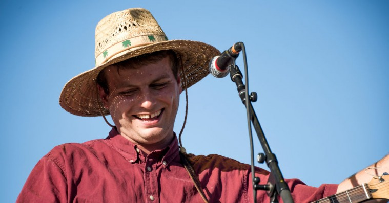 Hør Mac DeMarcos cover af Paul McCartneys juleklassiker 'Wonderful Christmas Time'