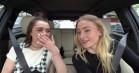 Maisie Williams og Sophie Turner laver Ned Stark-parodier i nyt 'Carpool Karaoke'-klip