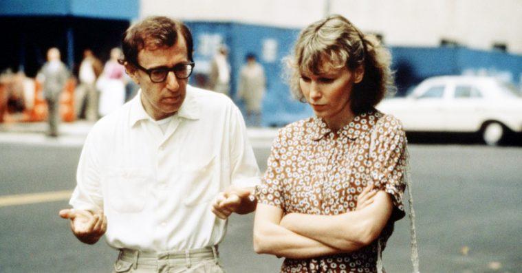 Dylan Farrow uddyber Woody Allens seksuelle misbrug på tv – instruktøren svarer