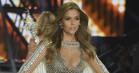 Danske Josephine Skriver med i Victoria's Secrets gigashow igen – Hadid-søstre og Kendall ude i kulden
