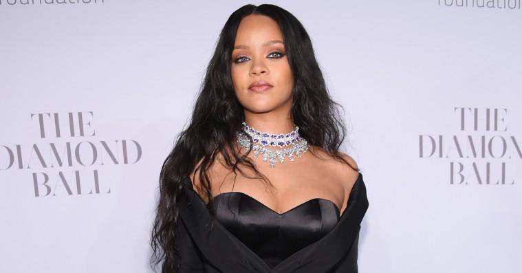 De bedste looks fra Rihannas Diamond Ball – Cardi B som eventyrlig prinsesse
