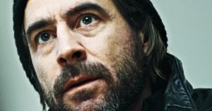 'Hassel': Knoglebrækkende køllevold i Viaplays nordic noir-serie