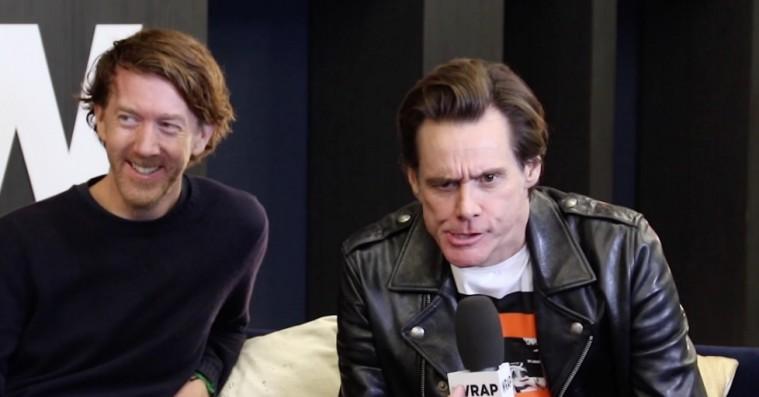 Hvad mente han egentlig? Jim Carrey forklarer sin eksistentielle tirade på den røde løber