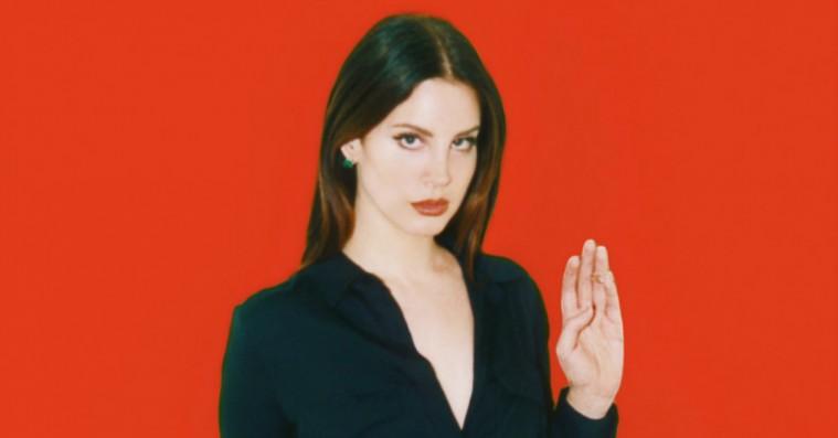 Lana Del Rey leger heks: Bekræfter de natlige midnats-forbandelser over Donald Trump