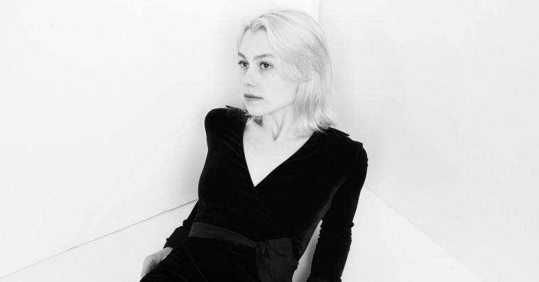 22-årige Phoebe Bridgers viser slægtskab til Bon Iver og forener humor og melankoli på original debut