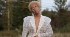 Solange klipper håret af og bliver blonde – optræder til New York Fashion Week