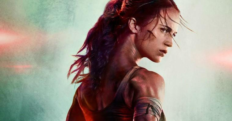 Alicia Vikanders usandsynligt lange hals bliver til grin efter uheldigt photoshoppet 'Tomb Raider'-plakat