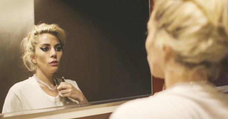 'Gaga: Five Foot Two': Netflix-dokumentar viser Lady Gaga uden kødkjolen