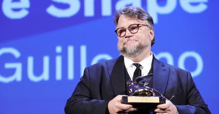 Har Guillermo del Toro stjålet 'The Shape of Water'-scene fra fransk perle?