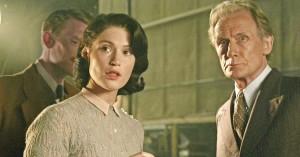 Britisk skuespillerlegende revser yngre kollegaer: »De kan ikke deres replikker«