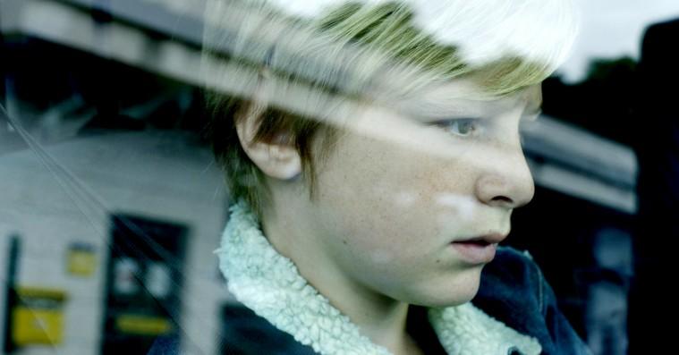 'Alt for min søn': Man glemmer at trække vejret til dybt bevægende film om psykisk terror