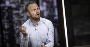 Tillykke, Jonatan Spang: Sejren er din, kritikerne til grin