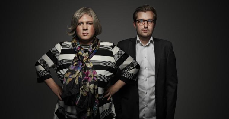 Mads Brügger om film med 'Den Korte Radioavis'-duo: »En meget, meget mørk komedie«