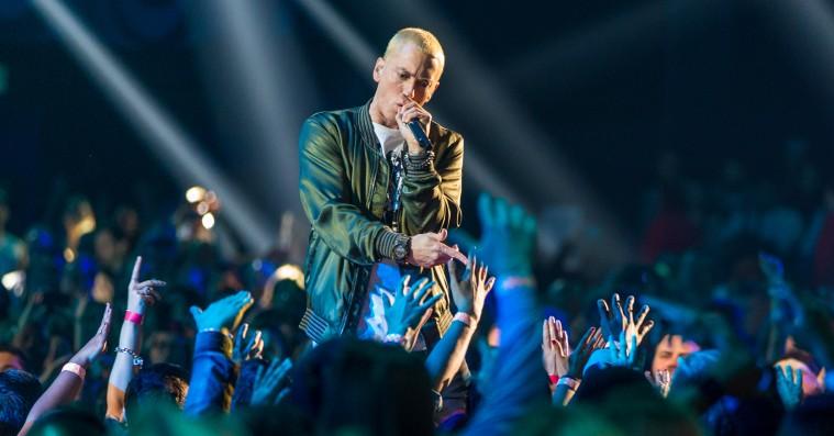 Eminem afslører stjernespækket trackliste til 'Revival'