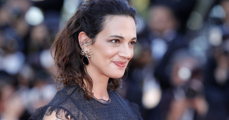Den italienske presse angriber Asia Argento efter Weinstein-udtalelser