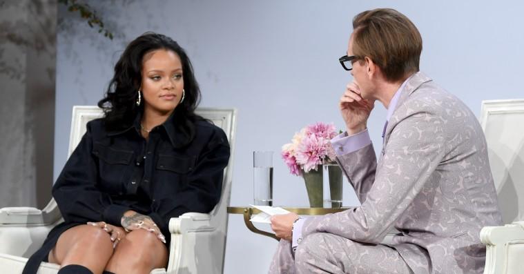 Rihanna snakker om sin modedominans til Vogue-konference