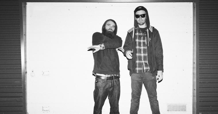Klumben & Raske Penge tager på turné med nyt band og nye sange