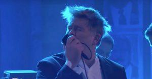 Hos Jimmy Kimmel: Se LCD Soundsystem spille 'Tonite' i Brooklyns operahus