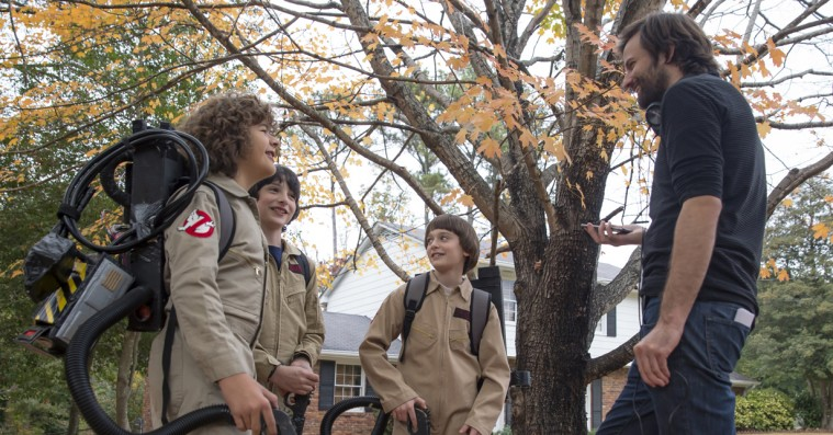 Duffer-brødrene teaser for 'Stranger Things' sæson 3: Teenagedramaet kommer i fokus!