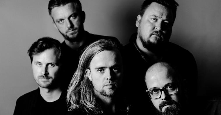 Veto annoncerer nyt album og udgiver sælsom video til 'I Am Here'