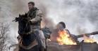 Debutdansker står bag stjernespækket amerikansk krigsfilm – se traileren til '12 Strong'