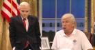 Alec Baldwin trækker i Trump-kostumet igen: Se den spiddende 'SNL'-sketch