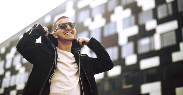 Basim tackler sit kærlighedsliv på den nye single 'Tilfældigt' feat. Benny Jamz