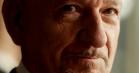 Per Fly på engelsk i intens trailer til thrilleren 'Dobbeltspil'