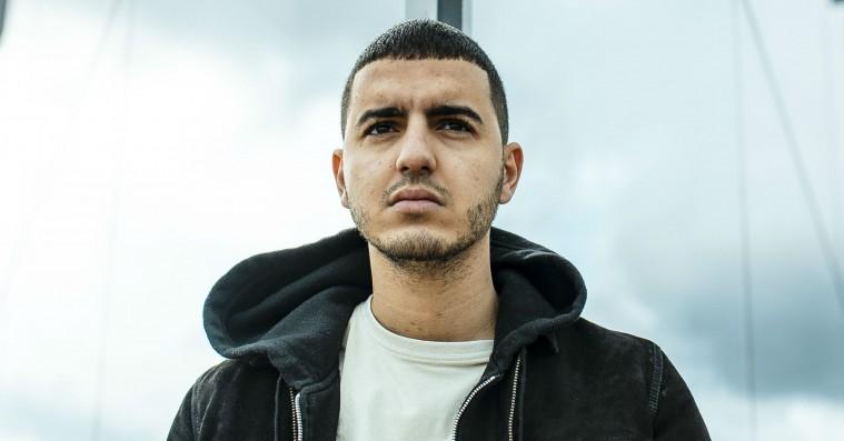 Basims nye musik vokser ud af hans sorg: »Det er min mor og far, der taler i mine tekster«