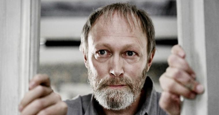 Lars Mikkelsen lander sin næste store Netflix-rolle – over for Superman