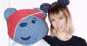 Supreme og Louis Vuitton laver tøjbamse – støtter børn i nød